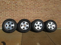 Set of 17 inch For truck wheels W/ free tires, 6 lug pattern. in Naperville, Illinois