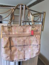 CLEARANCE **Beautiful Large AUTHENTIC Coach Purse W/Wallet*** in Baytown, Texas