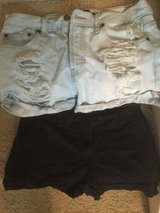 Sz 10, Forever 21 SHORTS in Baytown, Texas