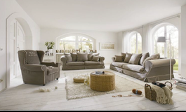United Furniture - Mayfair - Sofa + Loveseat + Wingback Chair in Grafenwoehr, GE