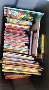 90 KIDS BOOKS-LOT in Naperville, Illinois