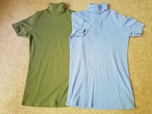 Lot of 2 tops size medium the tee shop in St. Charles, Illinois