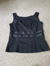 Nine West black top size 4 in St. Charles, Illinois