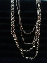 Overlapping Gold Necklace! in Alamogordo, New Mexico