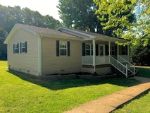 IMMACULATE 4 Bed 2 Bath House!! in Fort Campbell, Kentucky