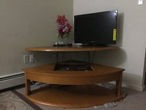 Tv table in Toms River, New Jersey
