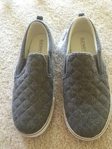 Girl's Old Navy shoes 5 in Plainfield, Illinois