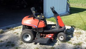 "44"" simplicity zero turn mower in DeKalb, Illinois"