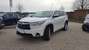 2016 Toyota Highlander LE in Hohenfels, Germany