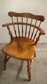 Ethan Allen Windsor style Comb Back Arm Chair in Sugar Land, Texas