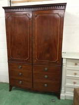 Large armoire / wArdrobe in Lakenheath, UK