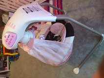 Like new baby swing in Tyndall AFB, Florida