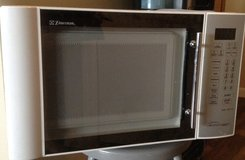 Microwave PRICE REDUCED in Melbourne, Florida