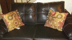 Black Leather Couches in Hinesville, Georgia