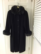Black Marvin Richards Lambswool coat in St. Charles, Illinois