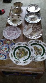 10 collectible plates in Fairfield, California