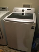 Samsung top load washer ( needs fixed or parts ) in Fort Leonard Wood, Missouri