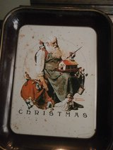 Vintage 1975 Norman rockwell christmas tray in Kingwood, Texas