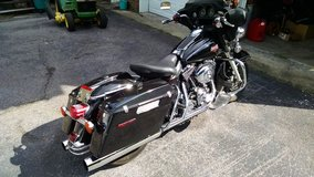2002 Harley Police Motorcycle in Fort Campbell, Kentucky