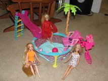 "BARBIE ""GLAMOUR"" POOL WITH 3 BARBIE DOLLS in Camp Lejeune, North Carolina"