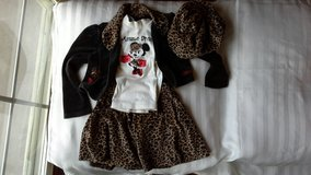 girls Size 5 minnie mouse velour outfit from Disney World in Vacaville, California