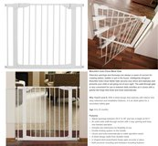 Munchkin Auto-close Metal Gate (new) white in Kingwood, Texas