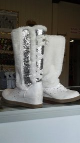 White/ slllver Justice Boots nice in Conroe, Texas