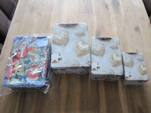2x Sets of Christmas Boxes in Stuttgart, GE