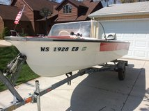 14' Vintage Boat with Trailer *Runs Great! in Brookfield, Wisconsin