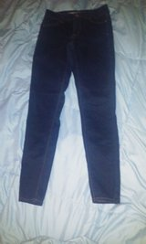 American eagle jeggings size 2 in Camp Lejeune, North Carolina