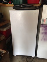 Stand up deep freeze excellent condition in Naperville, Illinois