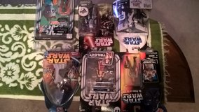 All New in package STAR WARS 6 action figures - Luke, Leia, Capt. Phasma, Grievous, Greedo & Clo... in Luke AFB, Arizona