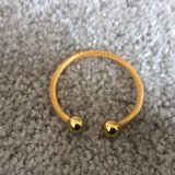 Homedics Magnetic Therapy Unisex Bracelet Gold Tone Finish -small to medium in Aurora, Illinois