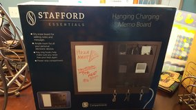 Hanging charging memo board in Beaufort, South Carolina