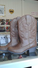 Brown cowgirl boots 4 girls 6 in womens in Conroe, Texas