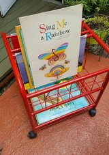 Teacher Big Book  Cart -- Like New in Houston, Texas
