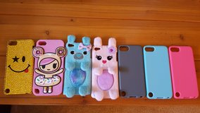 Ipod touch 5 cases..all 7 cases in Bartlett, Illinois