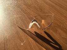 Clear lens Oakley sun glasses replacement lens in 29 Palms, California