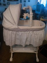 Simmons KIDS Gliding Bassinet in Barstow, California