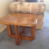 Oak end table- contempary style in Fort Eustis, Virginia