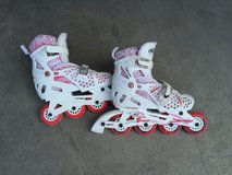Girls rollerblades in Fort Bliss, Texas