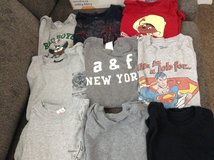 Boys T-shirts Size S in Naperville, Illinois
