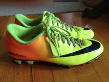 Nike Mercurial Soccer Cleats sz 9 in Camp Lejeune, North Carolina