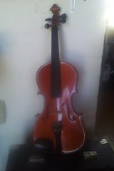 Violin in Yucca Valley, California