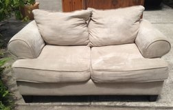Love seat couch in Houston, Texas