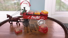 Cast Iron Coca Cola  Set - Vintage in Fort Knox, Kentucky