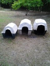 Dog Houses in Conroe, Texas