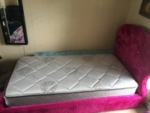 Girly Twin Bed in Kansas City, Missouri