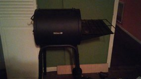 New grill on wheels $50 in Conroe, Texas