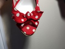 Red and white heel in Conroe, Texas